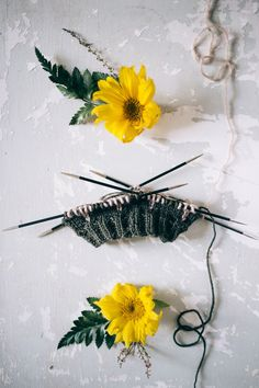 MUITAIHANIASYYSSUKAT ALUSTA LOPPUUN – MUITA IHANIA Diy Projects To Try, Knit Crochet, Wreaths, Sewing, Knitting, Decor, Crocheting, Hair Accessories, Socks