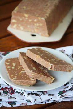 Bajkorada: Blok czekoladowy Polish Desserts, Polish Recipes, Bakery Recipes, Cooking Recipes, Cheesecake Recipes, Dessert Recipes, Waffle Cookies, Delicious Desserts, Yummy Food