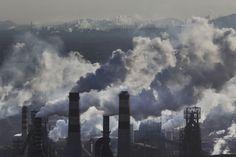 Development and poluution, Mongolia, by Lu Guang —Worldpress photo award