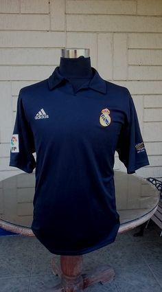 62a2d0d4143 CLASSIC FOOTBALL JERSEY CENTER. Real MadridFootball JerseysTeesFootball  ShirtsSoccer ...