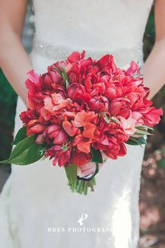 Lowcountry Bouquets | Lowcountry Bride | Red | Fall Wedding Flowers