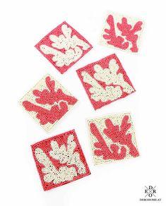"Perlen Untersetzer Set Koralle ""Laila"" 6 tlg. Playing Cards, Cushion Pads, Decorative Trays, Coaster, Wine, Playing Card Games, Game Cards, Playing Card"