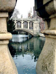 Bridge of Sighs, Cambridge, England.