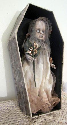 ☆ Creepy Girl Ghost Ennui OOAK Gothic Horror Repainted Doll -Picture II- Ebay Shop: Carltoncig ☆