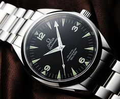 Omega Railmaster : One of the few watches were I prefer the non-chrono model over the chrono