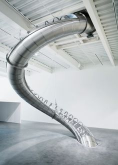 carsten holler at the new museum: slide from 4th floor to the 2nd.