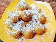 Resep Kue Bola-bola Tape Singkong | Resep Makanan Indonesia (Indonesian Food Recipe) Tapas, Resep Cake, Minangkabau, Indonesian Food, Pretzel Bites, Cheddar, Asian Recipes, Holiday Fun, Oreo