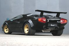 Lamborghini Countach. CLICK the PICTURE or check out my BLOG for more: http://automobilevehiclequotes.tumblr.com/#1507012247