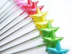 Star sewing pins via A2 Freshprints on Etsy.