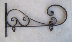 Rusty Classic Decor Wrought Iron Sign Wall Bracket