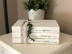 Personalized Stamped Stacked Books Farmhouse-Vintage-Rustic-Home Sweet Home for sale online Farmhouse Books, Country Farmhouse Decor, Farmhouse Christmas Decor, Christmas Crafts, Diy Old Books, Old Book Crafts, Wooden Books, Painted Books, Stacked Books