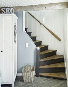 This is also true for that basement stairs. Cottage Stairs, House Stairs, Entry Stairs, Basement Stairs, Flooring For Stairs, Victorian Cottage, Kitchen Wall Colors, Painted Stairs, Cottage Interiors