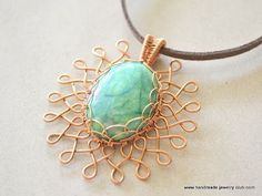 Lots of Free Jewelry Making Tutorials & Lessons: How to make Wire Wrapped Sunburst Earrings