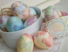 Shabby Chic Easter eggs!