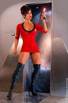 And You Thought Star Trek Was Just For Nerds! 32 Of The Hottest Trekkie Cosplay Girls Star Trek Cosplay, Raven Cosplay, Amazing Cosplay, Best Cosplay, Cosplay Dress, Cosplay Girls, Star Trek Tos, Star Wars, Film Science Fiction