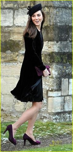 I've always loved Kate Middleton's classy dressing, but had a hard time finding an outfit that was my style. FINALLY!!!! I looooove this... *_*