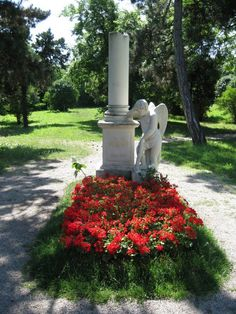 Memorial near the mass graves to Mozart in Vienna