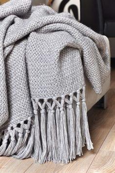 Crochet Throw Pattern, Crochet Stitches, Knit Crochet, Knitting Patterns, Crochet Patterns, Knitting Projects, Crochet Projects, Crochet Pixel, Yarn Thread