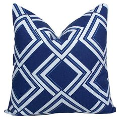 Lattice Diamond Pillow