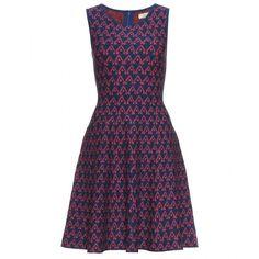 Issa Jacquard Skater-Skirt Dress ($504) ❤ liked on Polyvore featuring dresses, vestidos, платья, navy, navy blue sleeveless dress, issa dresses, navy skater skirt, flared skirt and skater skirts