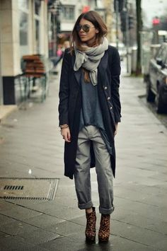 StreetStyle+#Zebra+Booties+#Outfit.jpg (346×521)