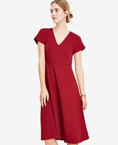 Shop Ann Taylor for effortless style and everyday elegance. Our Petite Flare Midi Dress is the perfect piece to add to your closet.
