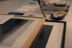 http://www.thecraftshop.fr/shop/  Animé par une volonté de promouvoir la jeune création, l'association The Craftshop donne aux acheteurs la possibilité de suivre les artistes par le biais d'articles, d'actualités relatées sur le blog et par l'organisations d'évènements. Ces évènements sont la dimension physique de The Craftshop et symboles de l'image que l'association veut transmettre aujourd'hui : affirmer pleinement l'idée de partage à travers la découverte artistique.