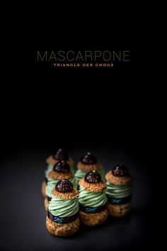 Triangle des Choux - mascarpone cream with green tea and chocolate by Pâtisserie…