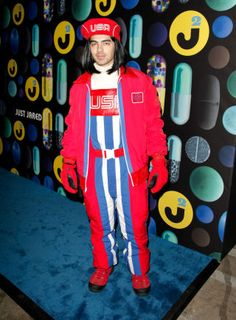 2015 joe jonas as luigi - Joe Jonas Halloween