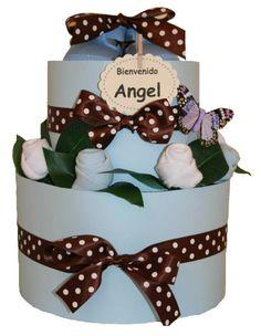 Tarta ''Un jardín de rosas'' Solo 29.95€!! www.lacestitadelbebe.es La tarta contiene:  - 20 Pañales Huggies Super Seco de la Talla 3.  - 3 pares de calcetines. - Unos zapatitos de tela de la marca Chocolat Baby.