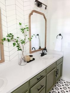 Bathroom Renos, Laundry In Bathroom, Bathroom Ideas, Black Cabinets Bathroom, Bathroom Table, Bathroom Stuff, Bathroom Organisation, Master Bathroom, Bathroom Inspiration