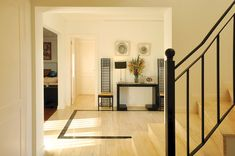 Clariá & Clariá Arquitectos - Casa 10 - Portal de Arquitectos Stairs, Mirror, Interior, Design, Furniture, Home Decor, Ideas, Landscaping, Architecture