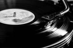 Music to Die for - E-Zine für Gothic, Post-Punk und Dark Wave David Guetta, Spice Girls, Dance Music, Big Music, Enrico Macias, Dark Wave, The Smiths, Musica Disco, Alternative Rock
