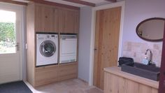 and finally have a cabinet made, in which the washing machine and the dryer are in height … – Bijkeuken - Mudroom Attic Inspiration, Comfort Room, Family Kitchen, Small Room Bedroom, Laundry In Bathroom, Mudroom, Interior Design Living Room, Home And Living, Cabinet Making
