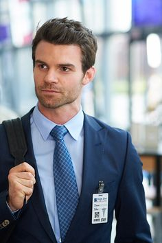 Daniel Gillies ~ The Vampire Diaries as elijah ~ saving hope as joel <3