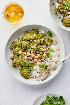3 Recipes That Will Make You Fall in Love With Chicken Again Instant Pressure Cooker, Pressure Cooker Recipes, Slow Cooker, Healthy Dinner Recipes, Whole Food Recipes, Peanut Chicken, Chicken Seasoning, Cilantro, Salads