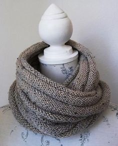 A very easy pattern. The cowl takes 200 grams (Just 2 x 100 gram balls) of Aran Tweed yarn. Perfect for using up some of the Stash! This fabulous cowl can be knit in just about any yarn as the con. Knit Wrap Pattern, Chunky Knitting Patterns, Hand Knitting, Cowl Patterns, Hand Knit Scarf, Knit Cowl, Tweed, Knitting Projects, Knitting Ideas