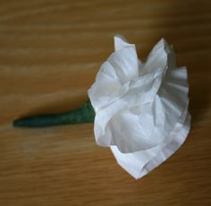 cupcake liner boutonniere
