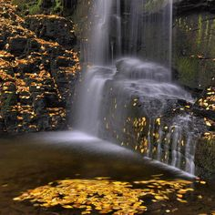 Bridesmaids Fall, Bushkill Creek, Delaware Water Gap, Pennsylvania; photo by Stephen Vecchiotti