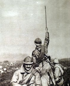 Battle of the Somme, 1916. 'En avant', French soldiers going forward.