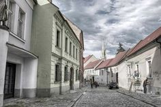 There's so much to do and see in Bratislava - our guide helps you indentify the very best 20 attractions in Slovakia's capital city! Transport Museum, River I, Danube River, Castle Ruins, National Theatre, Forest Park, Old Building, Fortification, Bratislava