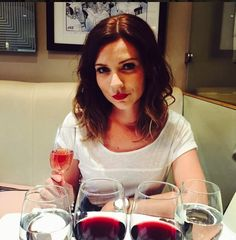 Bake off babe Candice Brown
