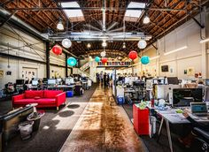 Famous Brands and Companies with Famous Offices - Office Inspiration - Office Design Inspiration Industrial Office Space, Office Space Decor, Open Space Office, Creative Office Space, Office Workspace, Office Spaces, Tiny Office, Office Interior Design, Office Interiors