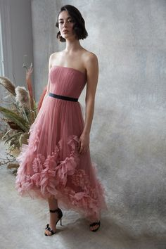 Marchesa Notte Pre-Fall 2020 Fashion Show Collection: See the complete Marchesa Notte Pre-Fall 2020 collection. Look 12 Dressy Dresses, Prom Dresses, Summer Dresses, Pageant Gowns, Dress Prom, Dress Wedding, Club Dresses, Tulle Dress, Pink Dress