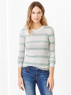 Supersoft stripe crewneck tee - A lightweight layering piece that looks great on its own. Sz L.