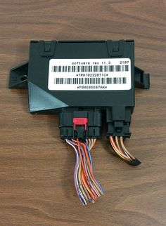01-07 Town & Country Caravan Power Hatch Liftgate Control Module OEM P04686687AK #Mopar
