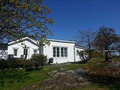 Sommerhaus Verkö Karlskrona in Karlskrona: 2 Schlafzimmer, für bis zu 4 Personen, ab 450 € pro Woche. Mit schönem Blick auf die Ostsee   FeWo-direkt