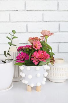 Make your own mid-century planter!
