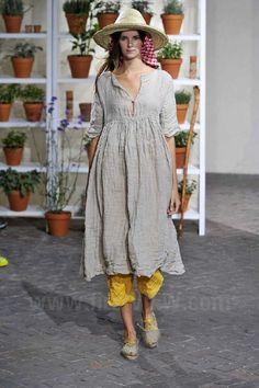 Daniela Gregis - Ready-to-Wear - Runway Collection - Women  Spring / Summer 2013