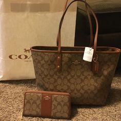 337 best bags clutches purses images beige tote bags designer rh pinterest com